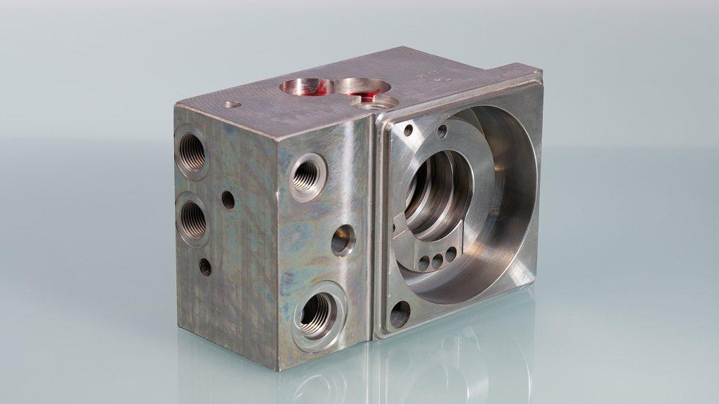Hydraulikanschluss für Baumaschinen