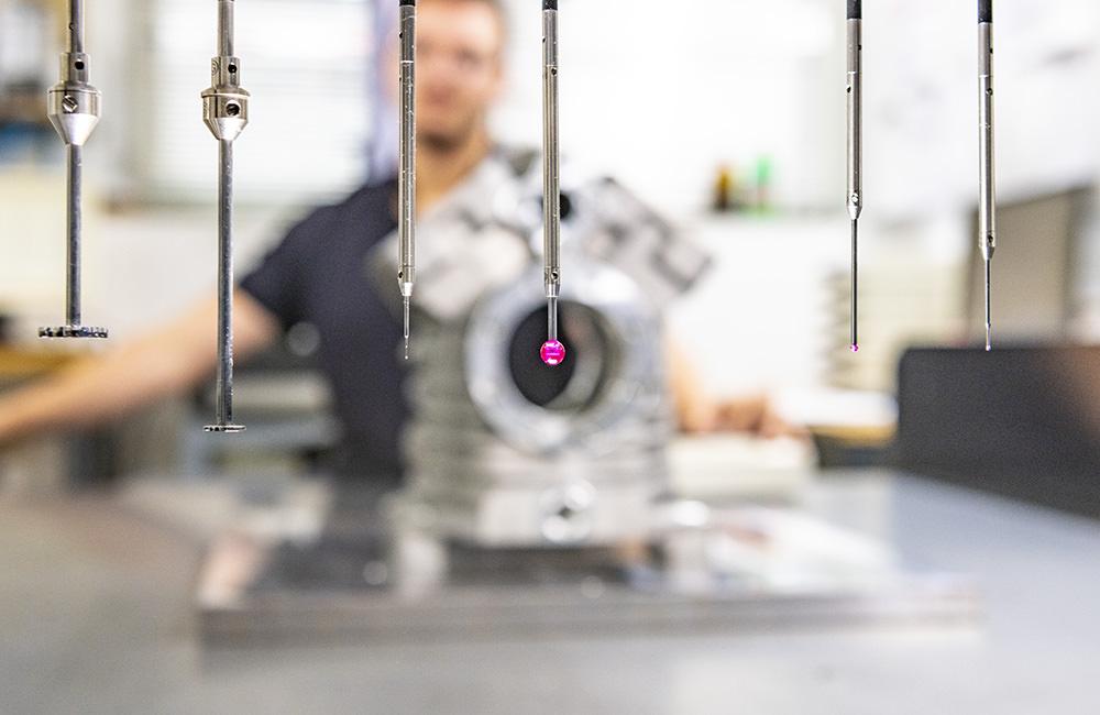 Die Zeh-Qualitätssicherung ist mit modensten Messmaschinen ausgestattet